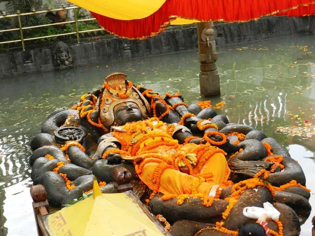 Vestizione di Sri Vishnu