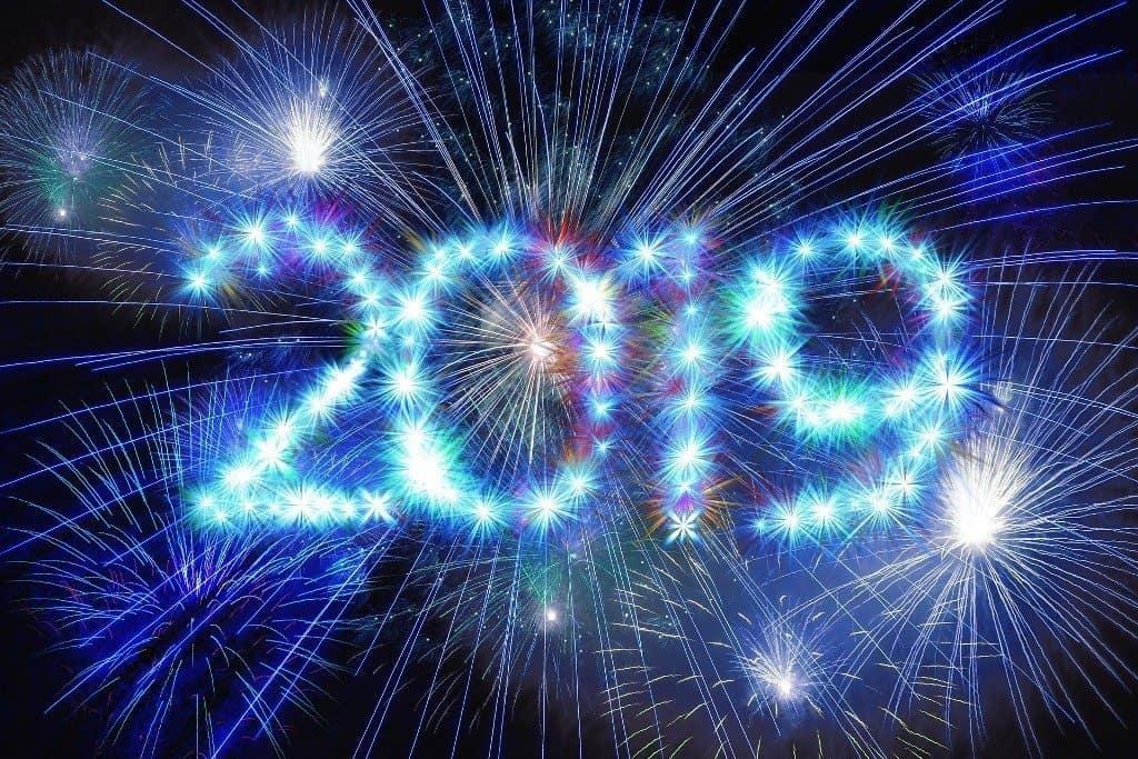 fireworks-3653379_1920 Vacanza low cost per Capodanno