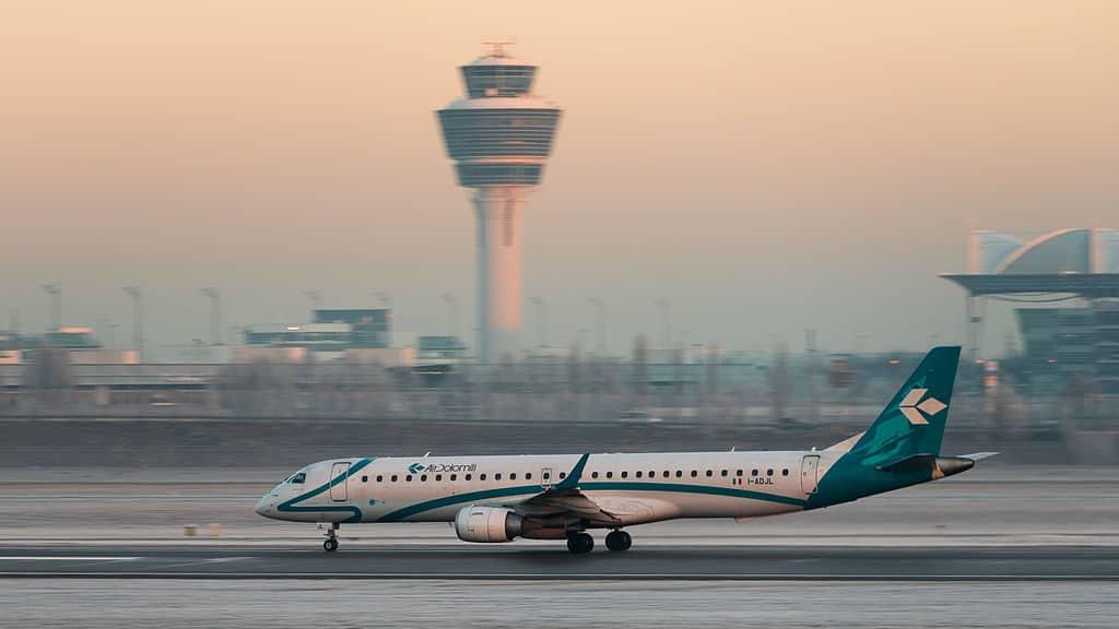 Embraer 195LR